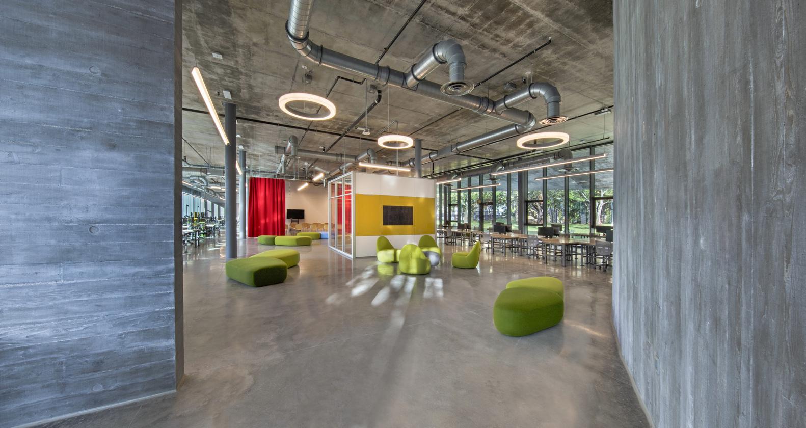 |迈阿密大学建筑学院学生工作室